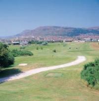 Clwb Golff Maesdu